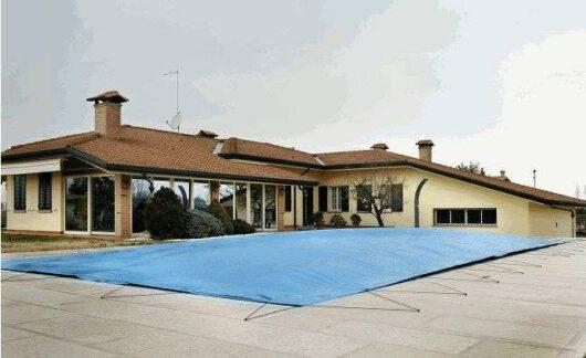 AirTex copertura per piscine invernale, anti-caduta, anti-stagnazione, anti-gelo, adattabile ad ogni forma.