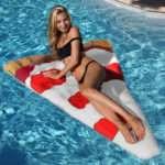 Materassino galleggiante triangolare a forma di Pizza.