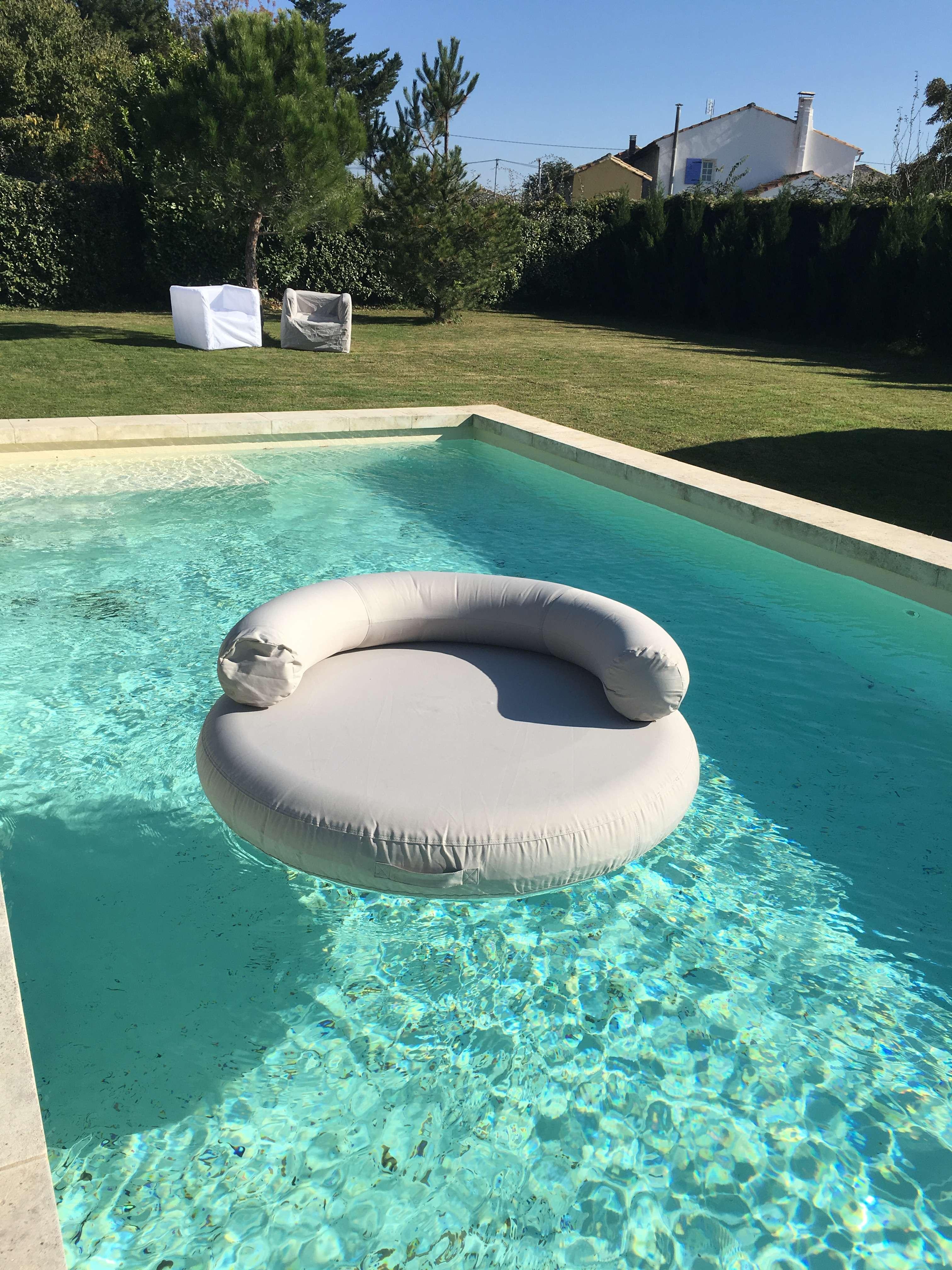 Materasso island gonfiabile 1000 piscine - Materassini per piscina ...
