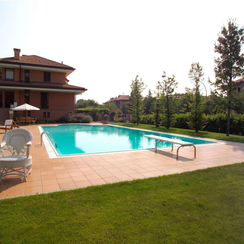 Piscina kit romana sfioro 3 1000 piscine for 1000 piscine