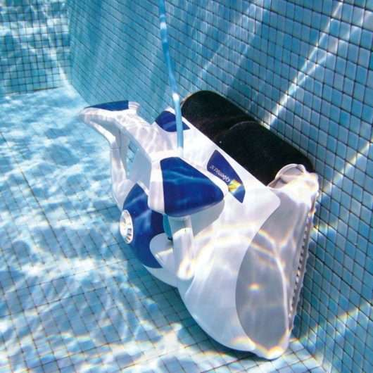 Zodiac Cybernaut NT pulizia pareti piscina