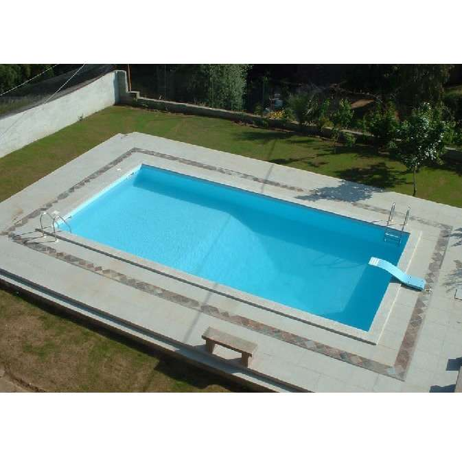 Piscine 4 x 8 le prix d 39 une piscine enterr e budget for Combien coute une piscine desjoyaux